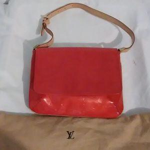 Auth Louis Vuitton Vernis Thompson Street Bag